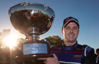 Winterbottom breaks Ford drought in Race 9