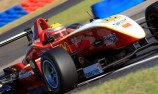 Points leader crashes in Formula 3 practice
