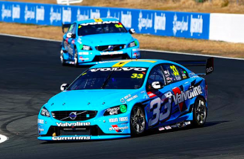 McLaughlin edges Mostert in Friday practice