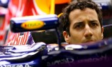 Ricciardo expects to challenge Mercedes for victory