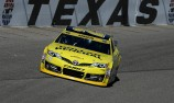 Kenseth secures Texas pole as record falls