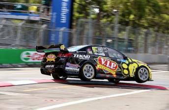 Van Gisbergen tops Sunday qualifying in Sydney