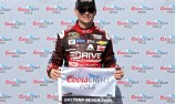 Gordon takes Daytona 500 pole