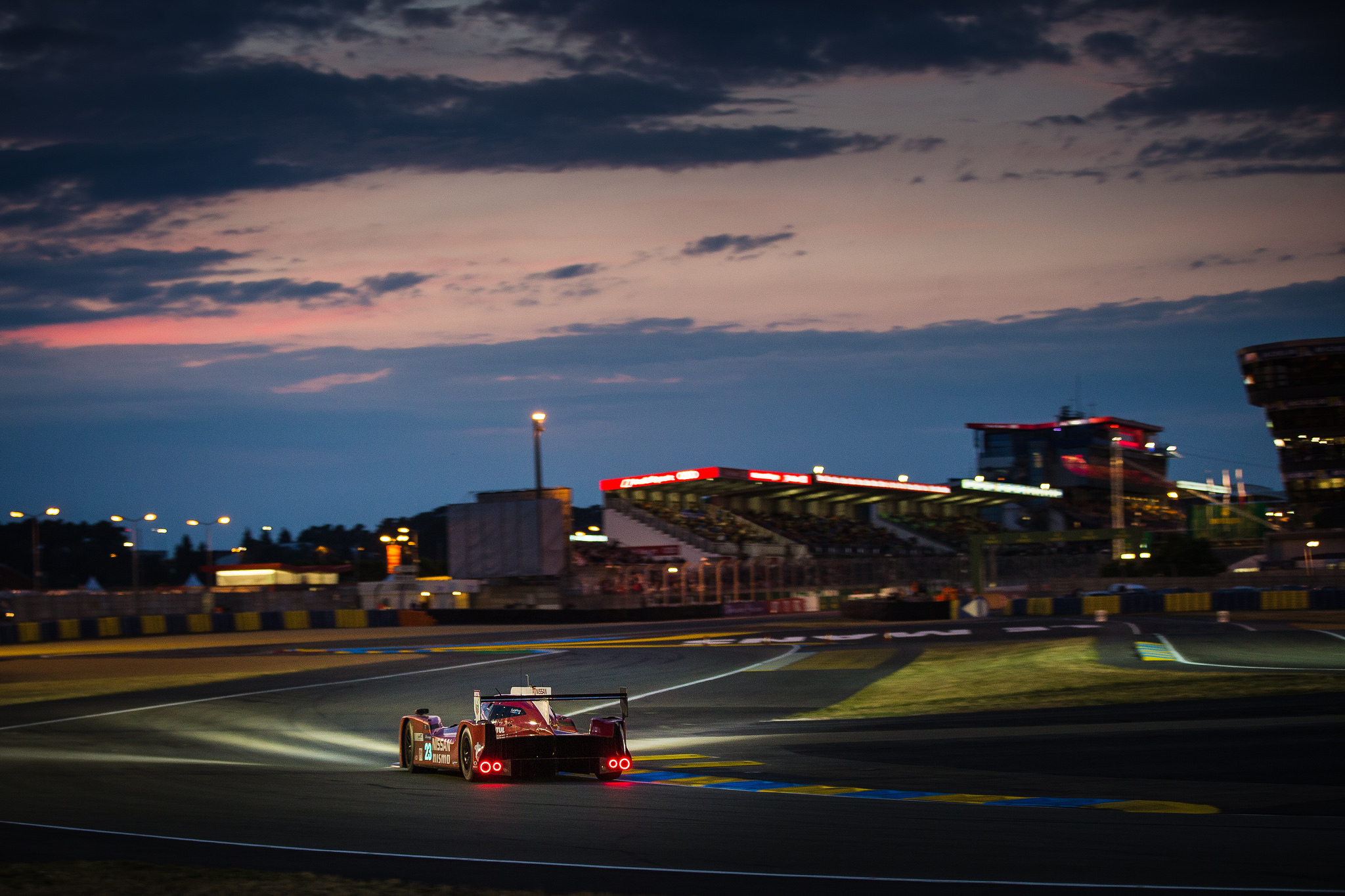 Gallery Track Action From Le Mans 24 Hours Speedcafe