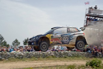 Ogier took maximum points in Italy
