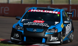 Dumbrell ignites season with Townsville triumph