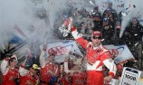 Kevin Harvick takes Dover victory