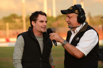 Jeff Gordon offered his support to Kasey Kahne at Valvoline Raceway