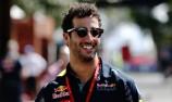 Ricciardo shrugs off Ferrari F1 future talk