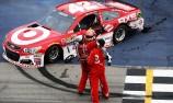 Kyle Larson scores maiden NASCAR win