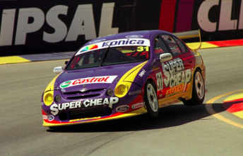 Ellery in action at the 2002 Clipsal 500