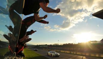 Alex Zanardi claims victory in the final Italian GT race at Mugello