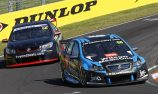 Dumbrell blocks out fan radio distraction