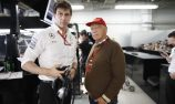Mercedes extends Wolff, Lauda contracts