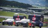 VIDEO: Ricciardo/Verstappen go caravan racing
