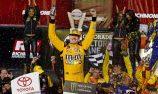 Kyle Busch wins third race in a row in Richmond