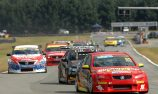 Smith drives away with opening race win at Teretonga