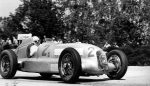 Rudolf Caracciola at the wheel of the Mercedes-Benz W 25 in the 1934 French GP