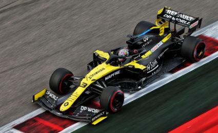Ricciardo takes responsibility for Turn 2 penalty