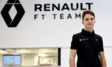 VIDEO: Piastri prepares for F1 debut with Renault