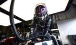 Hamilton explains Mercedes contract delays