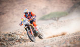 Sunderland into second as Benavides extends Dakar lead